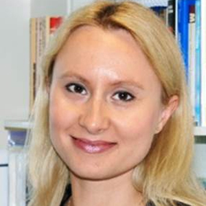 Dr Magdalena Zawisza